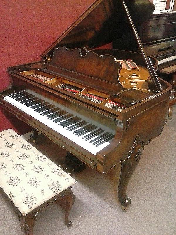 Baby Grand Piano for Sale in Montgomery, AL